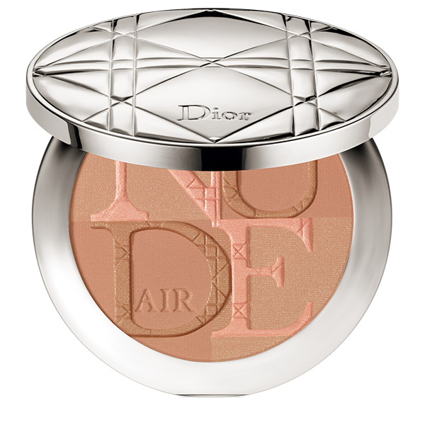 DIOR Diorskin Nude Air Glow Pudră bronzantă cu pensulă kabuki 002 Fresh Light 10g