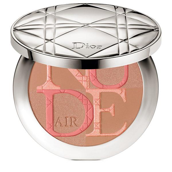 DIOR Diorskin Nude Air Glow Pudră bronzantă cu pensulă kabuki 004 Warm Light 10g